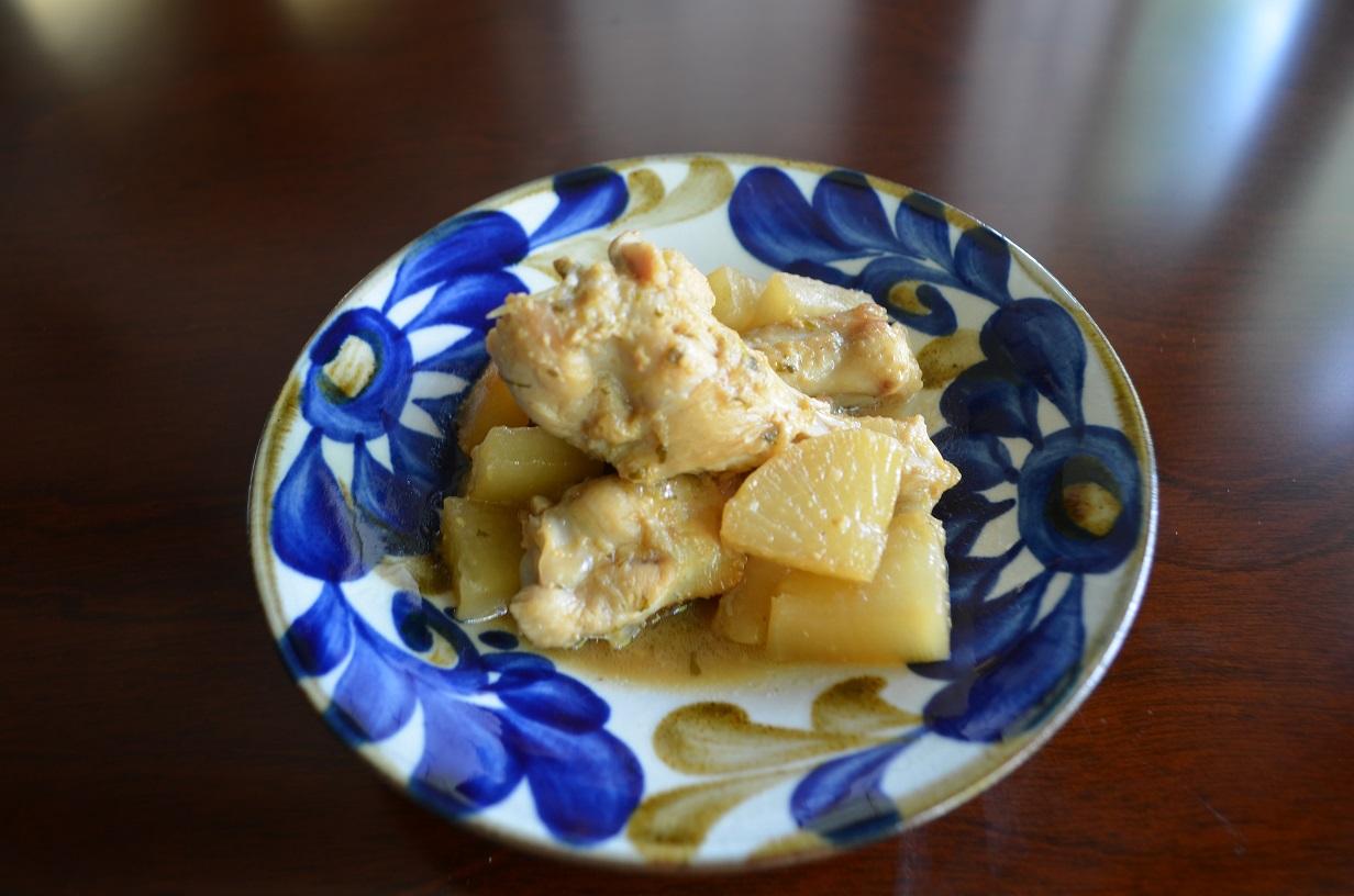 鶏手羽元のセロリ味噌煮